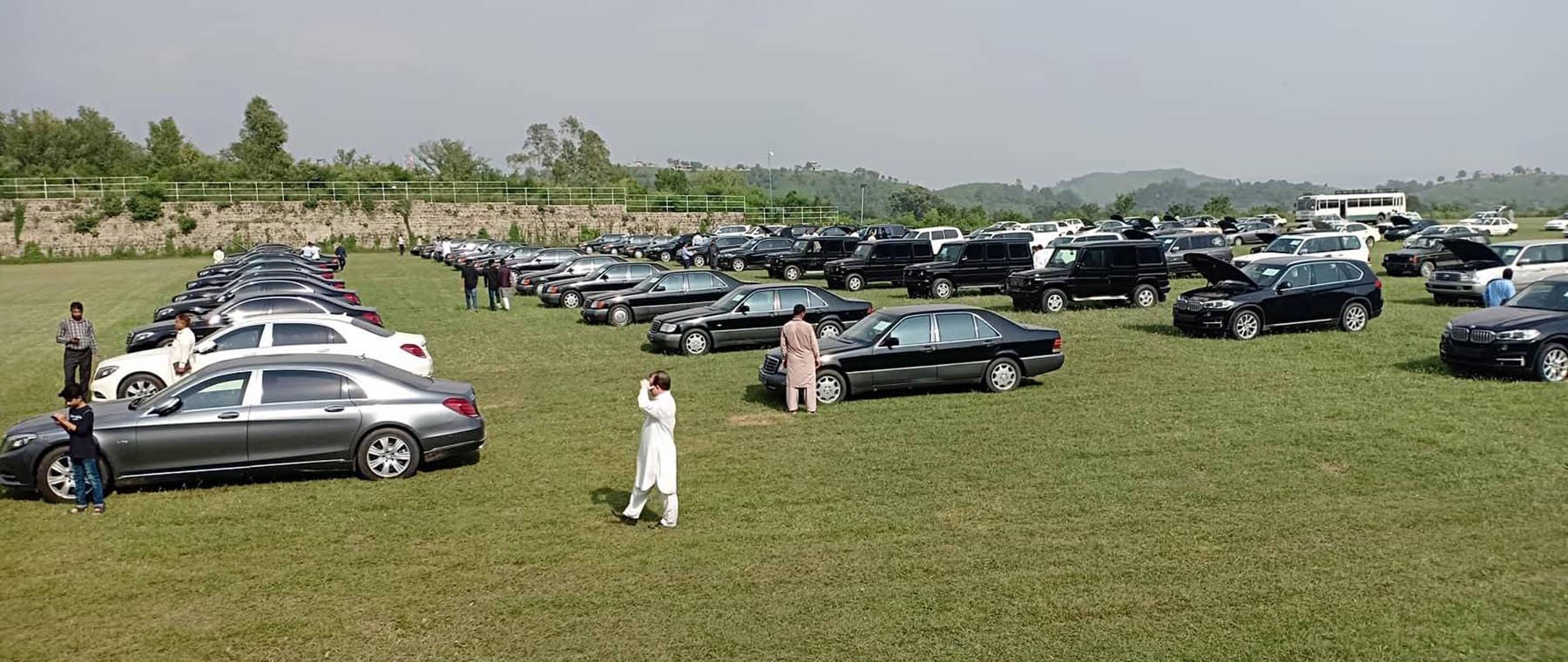 61 Vehicles Sold in First Phase of Auction at Prime Minister House