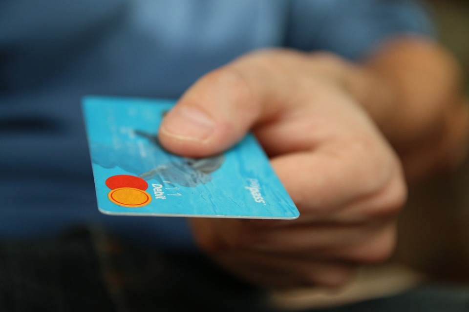 Banks Asked To Fix Service Issues Related to Credit Cards Bill Payment